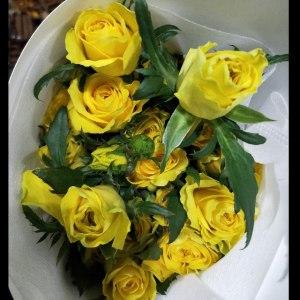 多黄玫瑰 (10枝/扎)